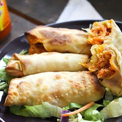 Skinny Buffalo Chicken Wraps