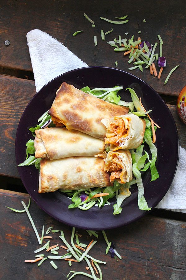 Skinny Buffalo Chicken Wraps! SO YUMMY!