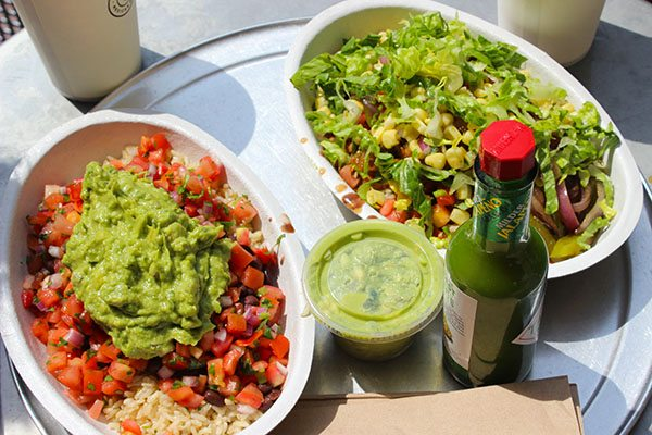 HOW TO EAT HEALTHY AT CHIPOTLE 7