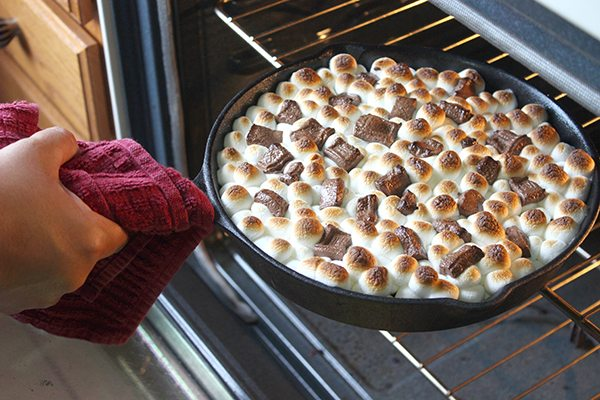 Simple S'more Dip - Simple Green Moms