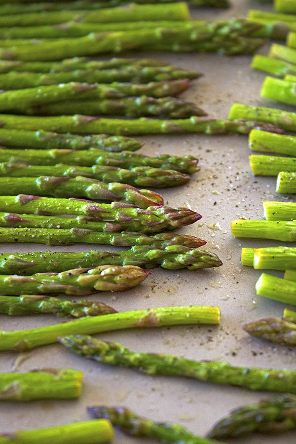 Simple Roasted Asparagus - Great side dish for ANY meal!!
