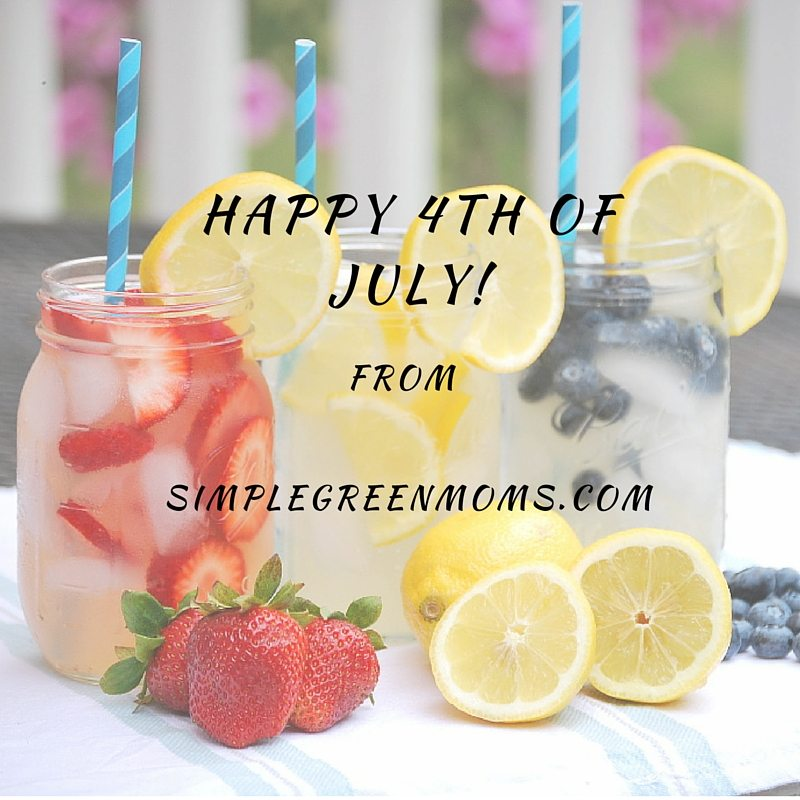happy 4th of july from simplegreenmoms.com