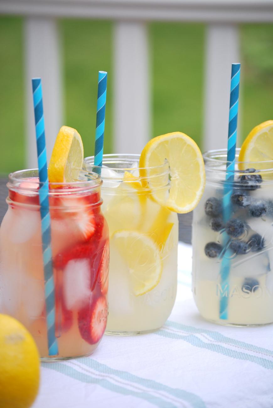 fruit infused lemonade simplegreenmoms.com