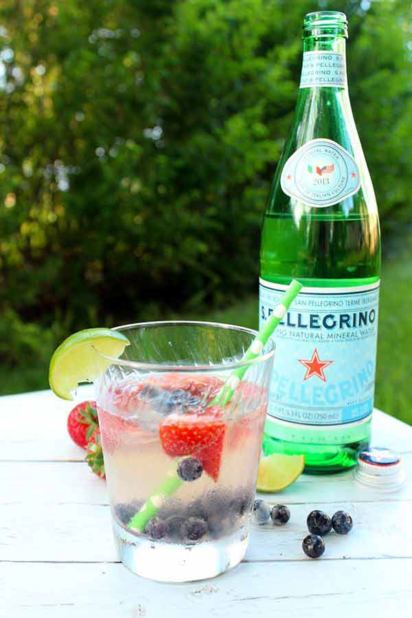 Skinny summer cocktail simple green moms for Easy fruity mixed drinks