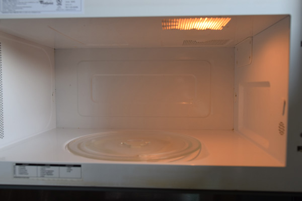 Clean microwave after using Angry Mama