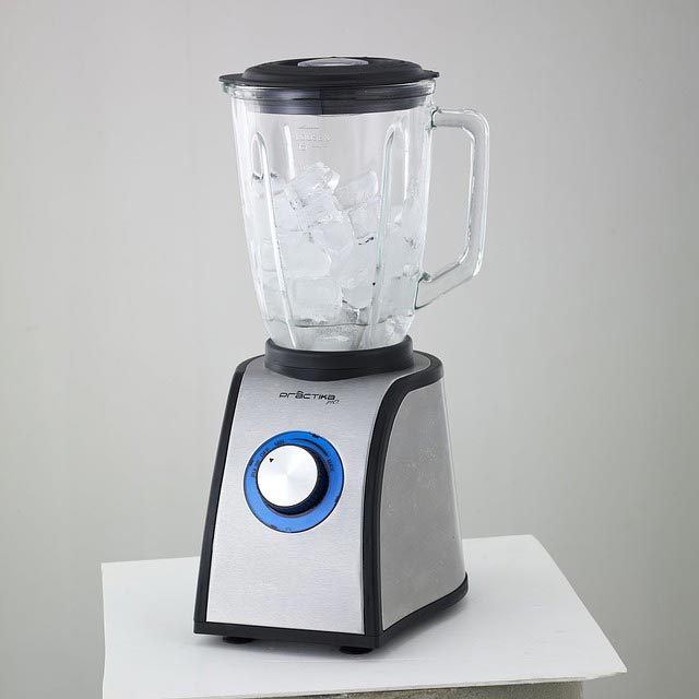 Basic Blender with white trim