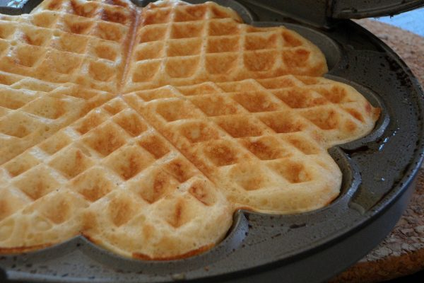 Best Ceramic Waffle Maker: Top 5