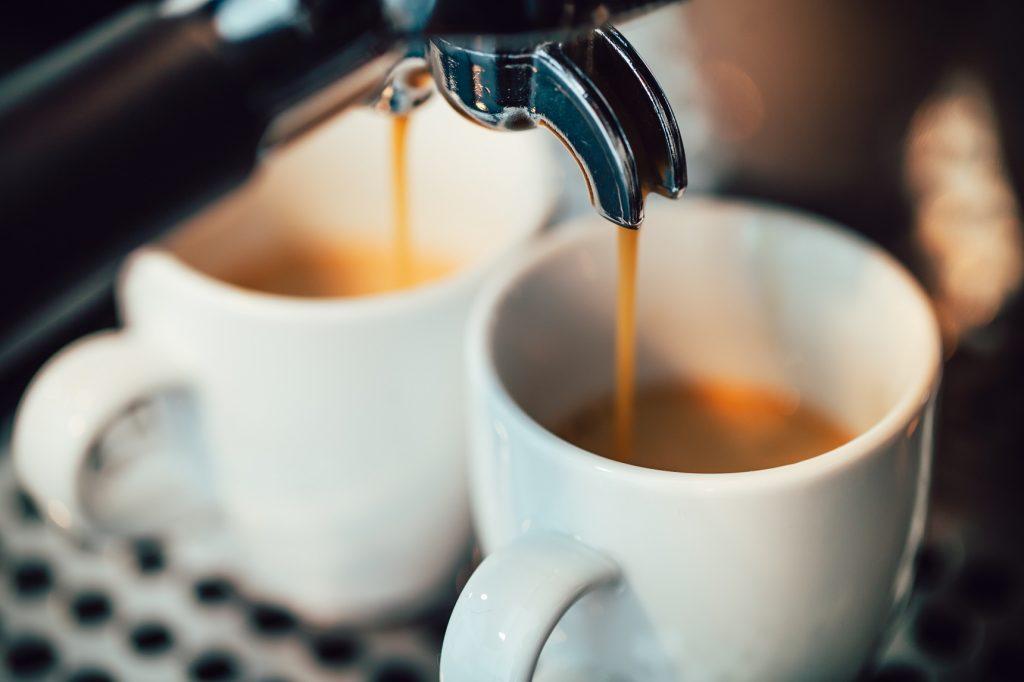 two cups of espresso from best espresso machine under 200