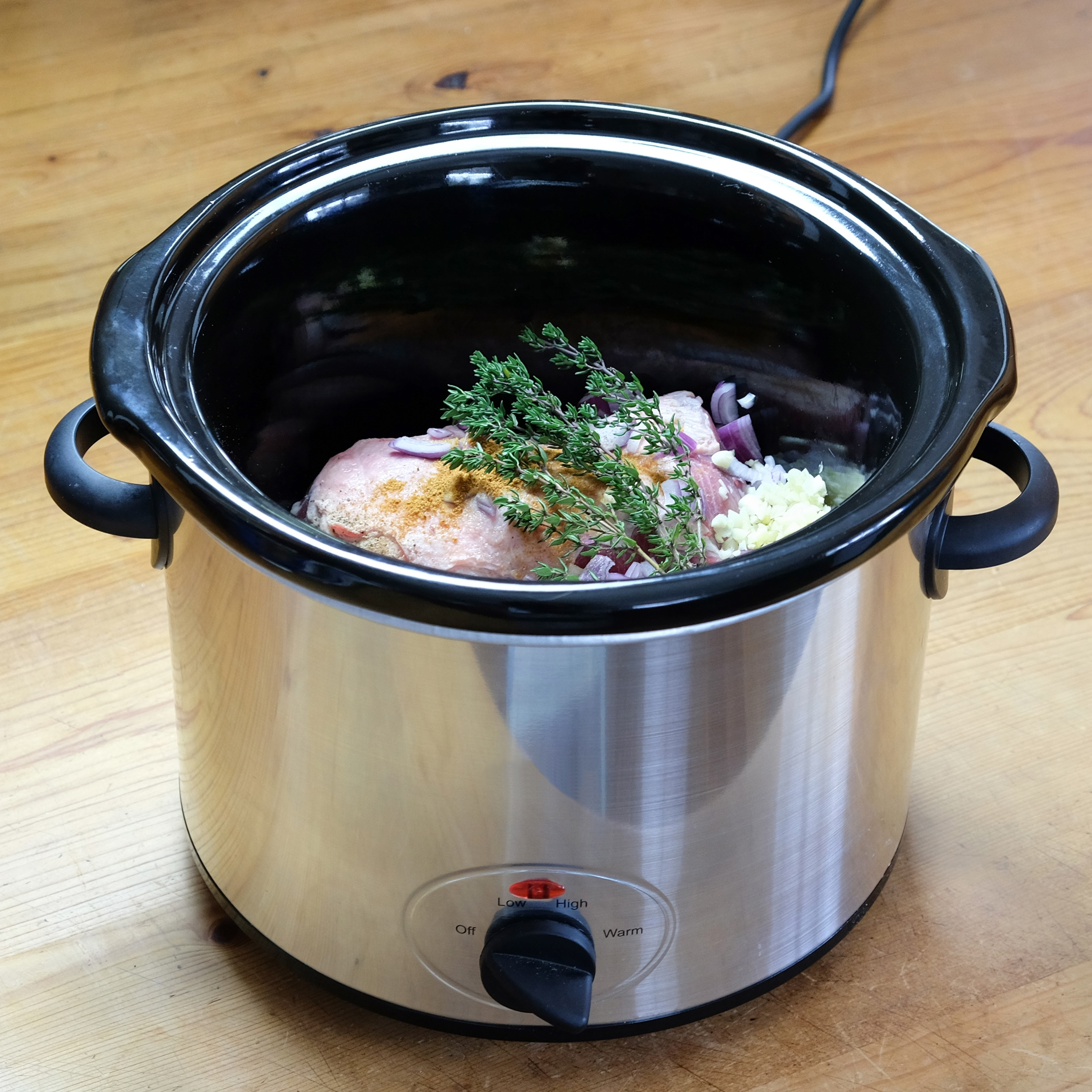 best slow cooker with chicken inside