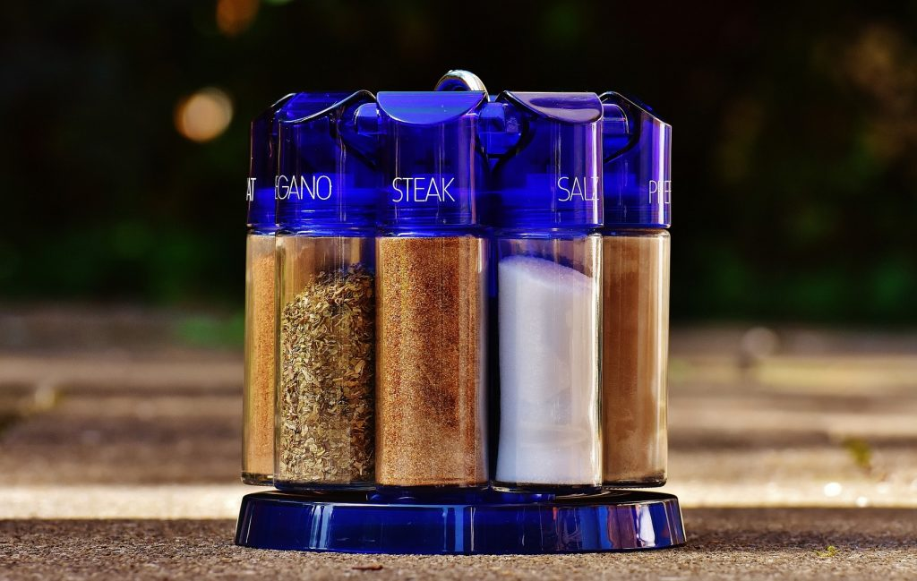 best spice racks with blue top and blue base